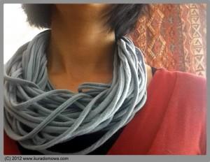 moda moda damska 300x232 Szalikowy szał
