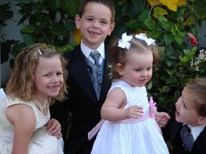 dzieci na weselu 2 300x224 Obecność dzieci na weselu