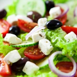 przepisy na odchudzanie sałatka grecka 300x300 Na zdrowie – sałatka grecka