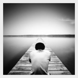 alone4 czy samotność nam doskwiera 300x300 Czy doskwiera nam samotność?