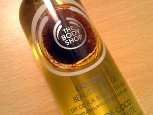 suchy olejek do ciała body shop 300x225 Kosmetyki odpowiednie do zabiegów domowych